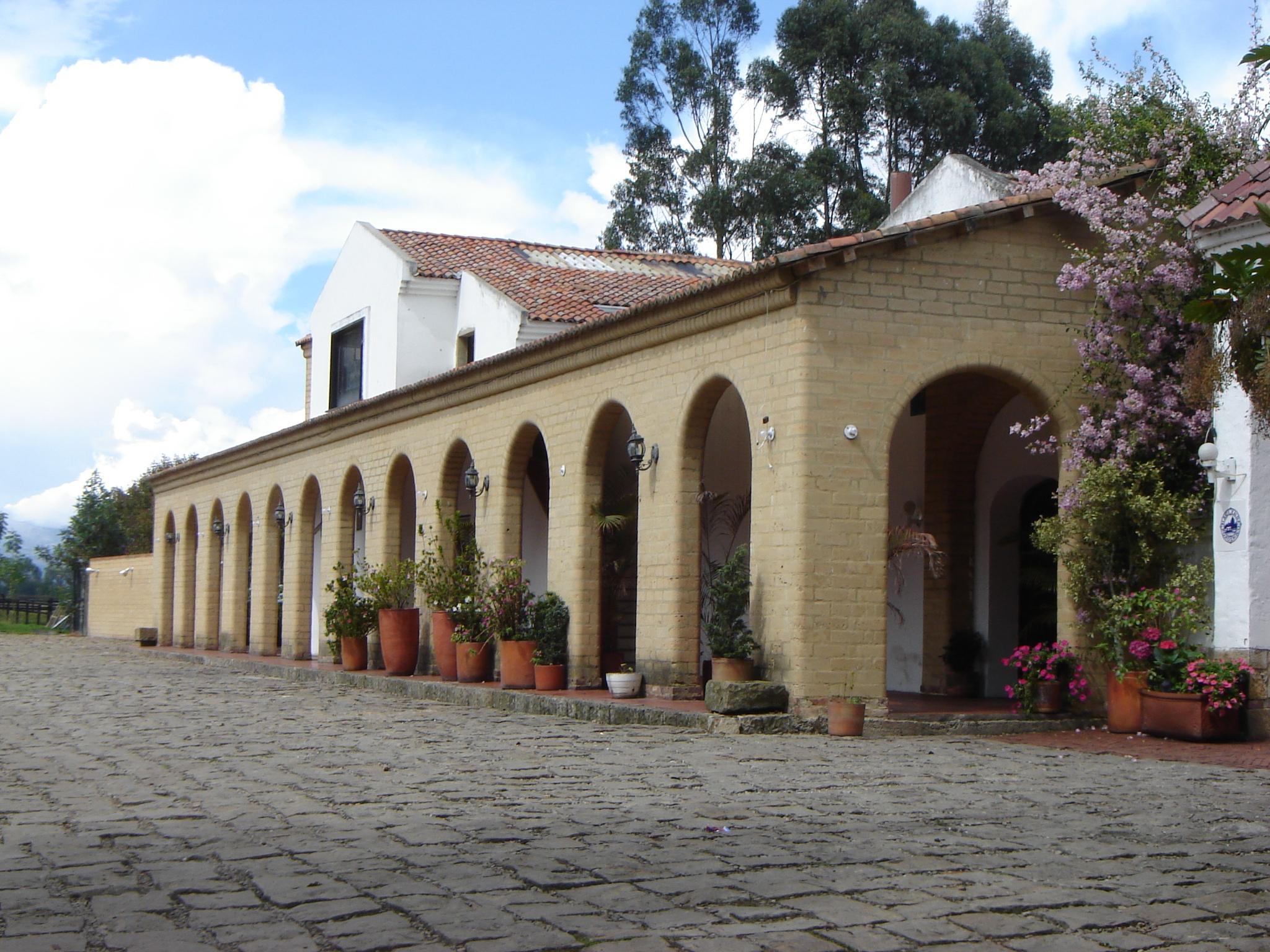 Pozo Chico - Bogotá-portada